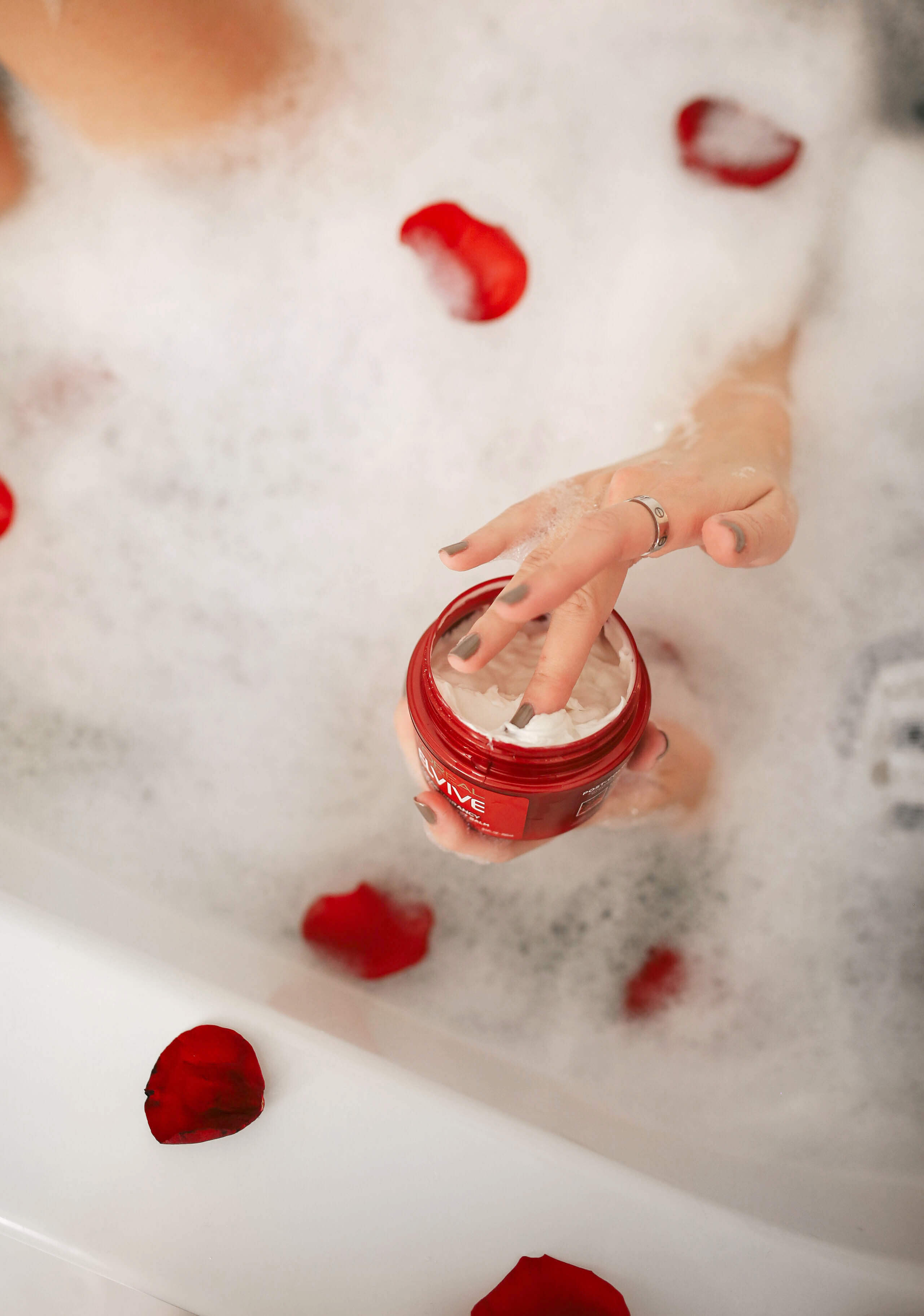 Carly Cristman, L'Oreal Elvive Color Vibrancy, Marble Bathroom, how to relax at home, Valentine's Day